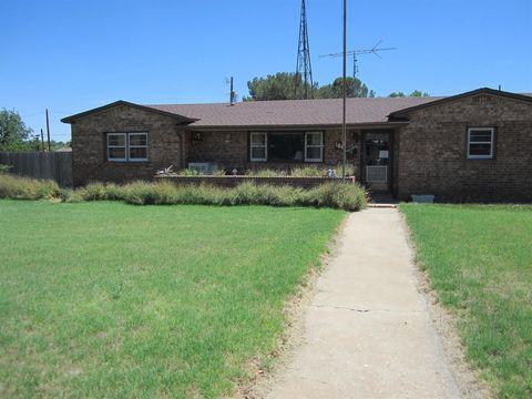 106 3rd, Plains, TX 79355