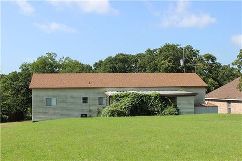 Photo of 7425 Hickey Rd, Azle, TX 76020