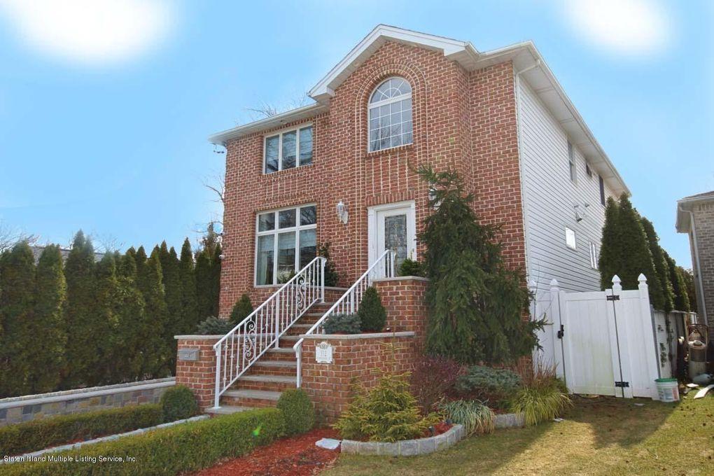 112 Kinghorn St, Staten Island, NY 10312