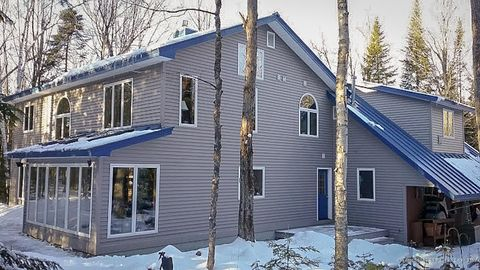 Photo of 234 Winthrop Rd, Readfield, ME 04355