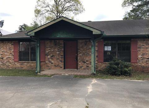 Photo of 806 E Wildwood, Village Mills, TX 77663