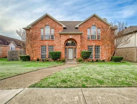 2244 Cross Timber Dr, Mesquite, TX 75181