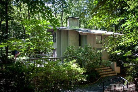 Photo of 633 Totten Pl, Chapel Hill, NC 27514