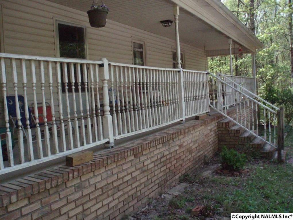 1734 Aldridge Gap Rd, Guntersville, AL 35976