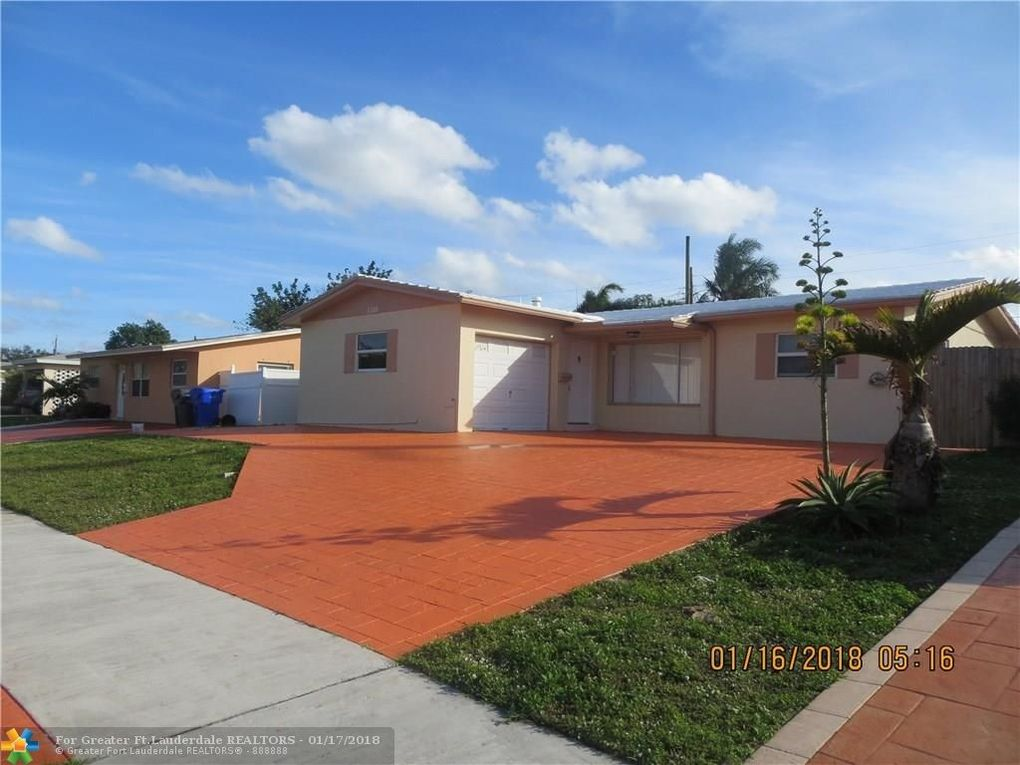 6780 Cody St, Hollywood, FL 33024