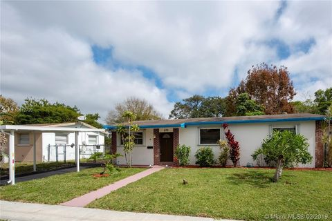 Photo of 570 Sw 50th Ter, Margate, FL 33068
