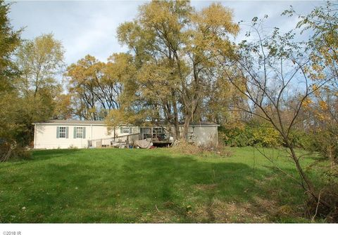 Photo of 12523 W 125th St S, Runnells, IA 50237