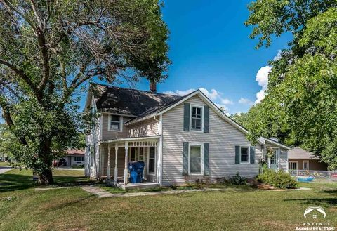 207 First St, Winchester, KS 66097