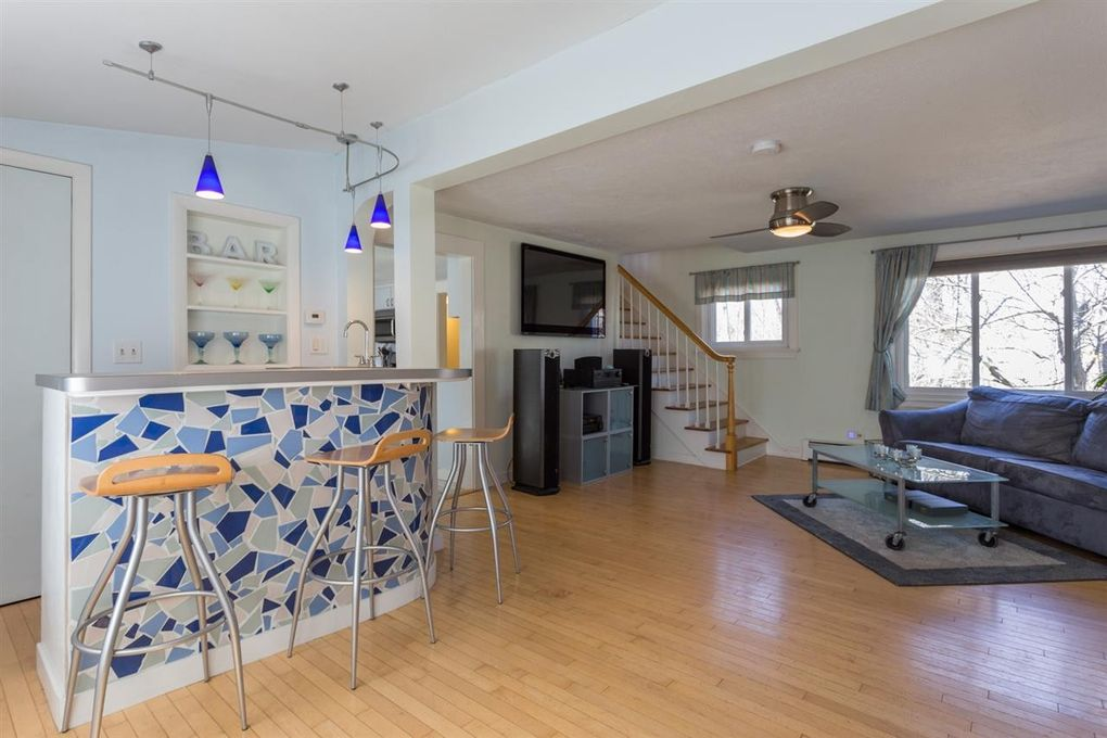 641 Maplewood Ave, Portsmouth, NH 03801