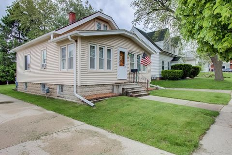 Photo of 428 S 86th St, Milwaukee, WI 53214