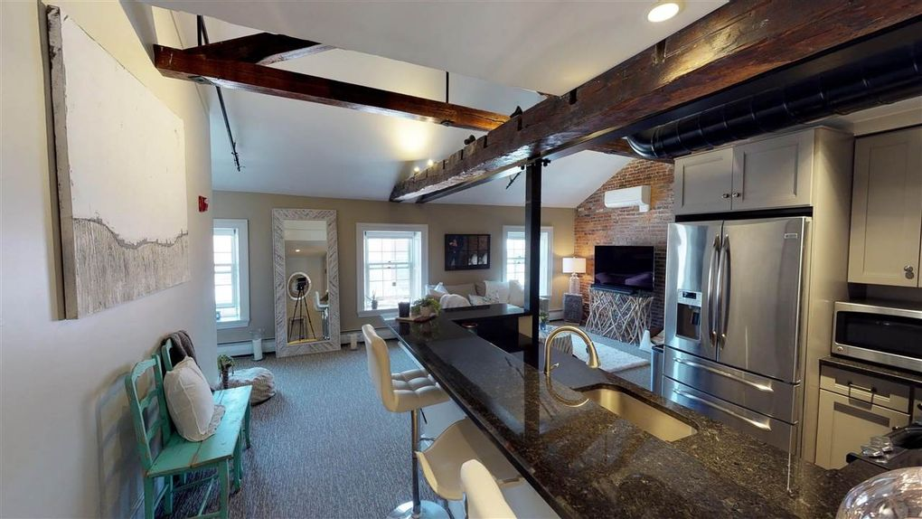 80 State St Apt 301, Portsmouth, NH 03801