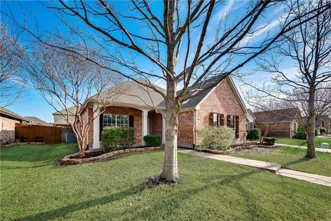 Photo of 118 Beacon Hill Ln, Forney, TX 75126