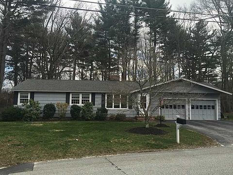 3 Thayer St, Hopedale, MA 01747