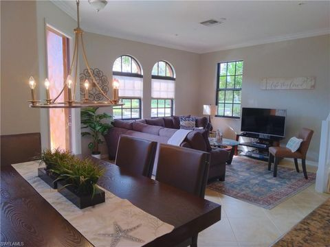 Photo of 8965 Malibu Ln Unit 805, Naples, FL 34113