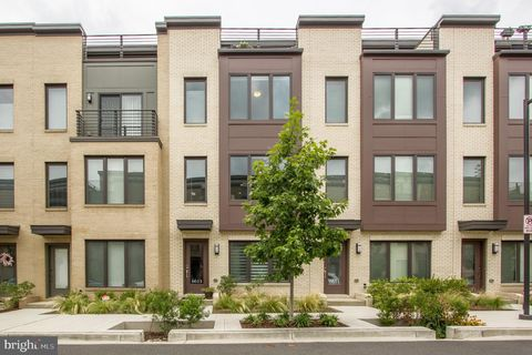 20817 Real Estate & Homes for Sale - realtor com®
