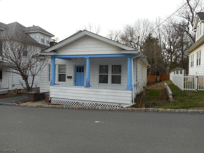 15 Bermingham Ln, Wharton, NJ 07885