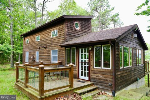 953 Moonshine Hollow Rd, Lost River, WV 26810