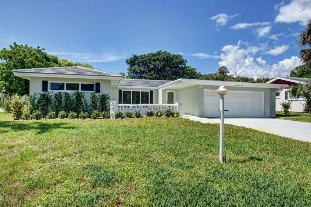698 Glouchester St, Boca Raton, FL 33487