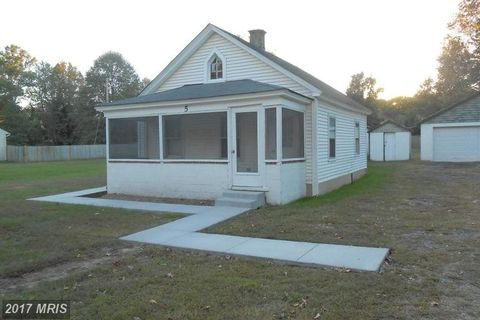 5 Sixth St, Indian Head, MD 20640