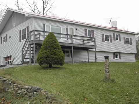 124 Route 7 Hwy, Mount Tabor, VT 05739