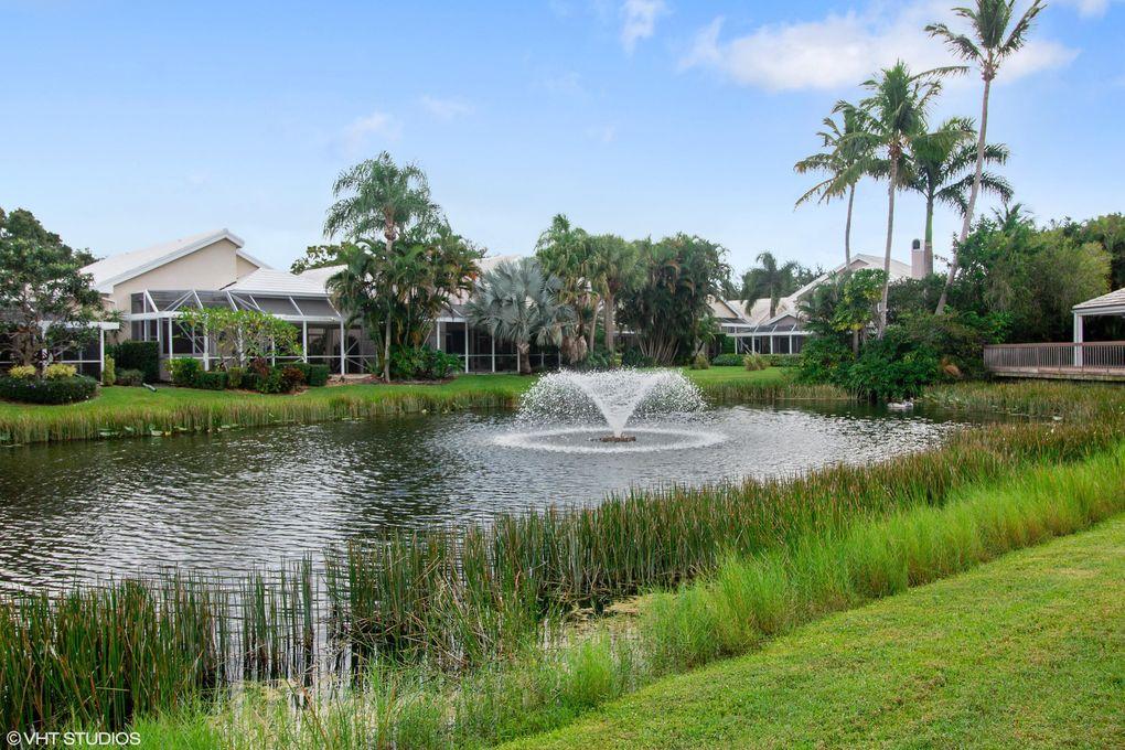 219 Canterbury Dr W, Palm Beach Gardens, FL 33418