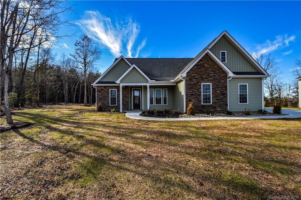 1991 Lynmore Dr Sherrills Ford, NC 28673