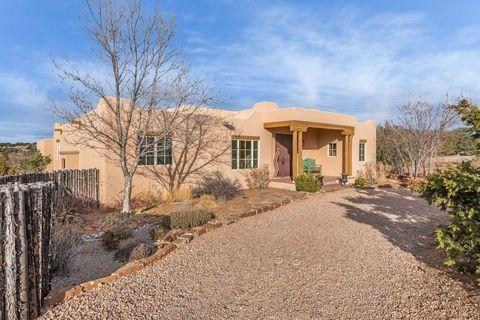 Photo of 20 Los Prados, Santa Fe, NM 87506