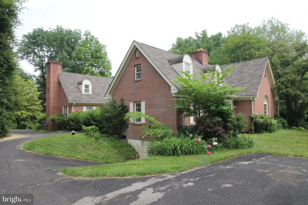 151 Lloyd Rd West Grove, PA 19390