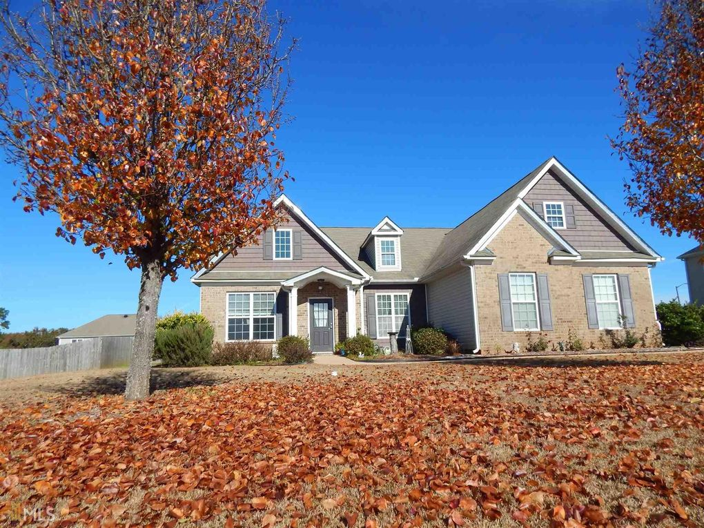 102 Westbourne Way, Perry, GA 31069