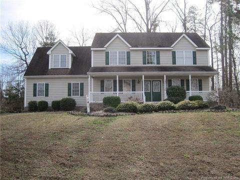 Photo of 15118 Majestic Creek Dr, Chesterfield, VA 23834