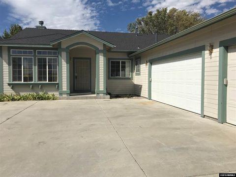 886 Vista Park Dr, Carson City, NV 89705