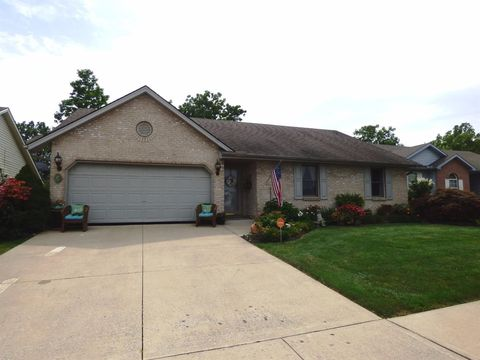 1650 Woodside Dr, Wilmington, OH 45177