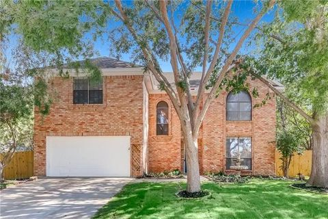 Photo of 10 Crooked Creek Ct, Trophy Club, TX 76262