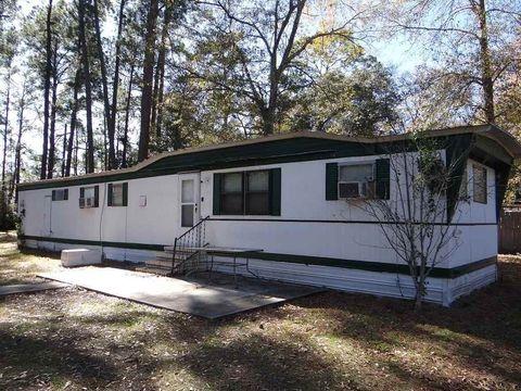 8452 Cedar Dr, Lumberton, TX 77657