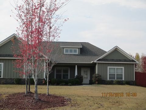 2 Golden Eagle Ct, Fort Mitchell, AL 36856
