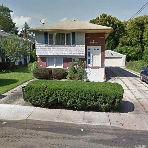Photo of 344 Johnson Ln, West Hempstead, NY 11552