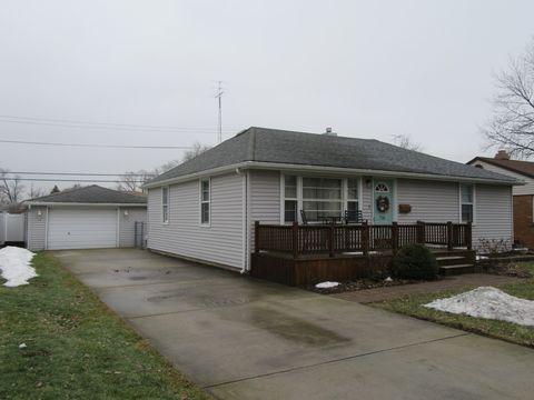 Photo of 716 W South St, Bradley, IL 60915