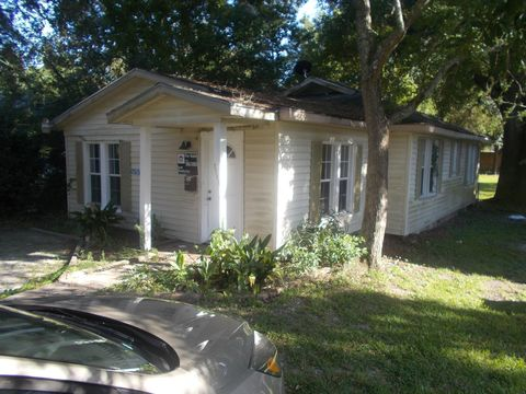 1635 3rd St, Gulfport, MS 39501