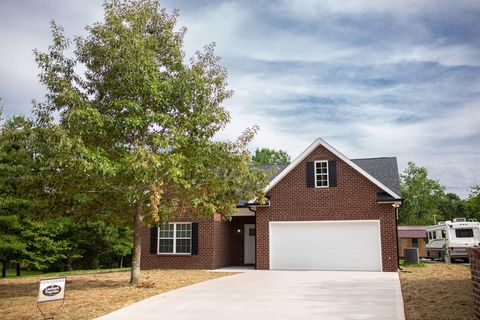 Photo of 315 White Oak Dr, Seymour, TN 37865