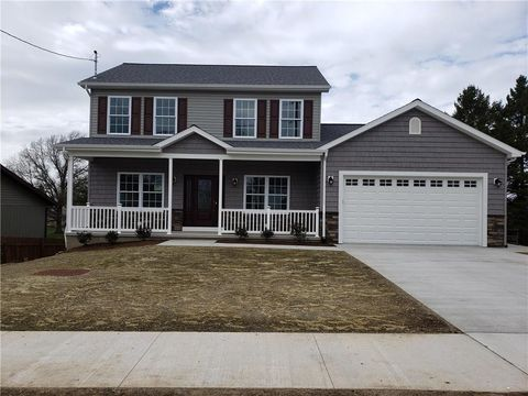Photo of 1142 Belleview Dr, Erie, PA 16504