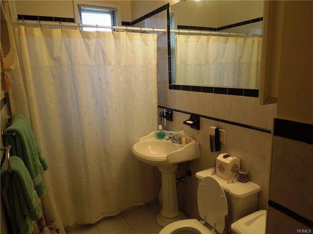 Bathroom Fixtures Yonkers Ny 840 palisade ave apt b, yonkers, ny 10703 - realtor®