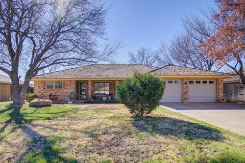 1802 E Hester St, Brownfield, TX 79316