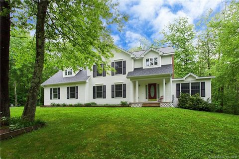 Photo of 3 Windy Woods Ln, Granby, CT 06035