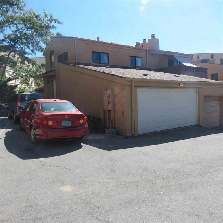 17 Loma Vista St Los Alamos, NM 87544