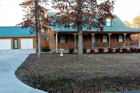 Photo of 3210 Pleasant Grove Church Rd, McDonald, TN 37353