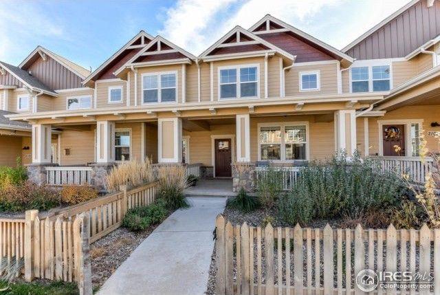2111 Sandbur Dr, Fort Collins, CO 80525