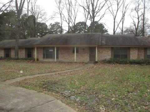 Photo of 158 Briargrove St, Crockett, TX 75835