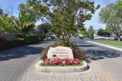 12 Candlewood Dr, Petaluma, CA 94954