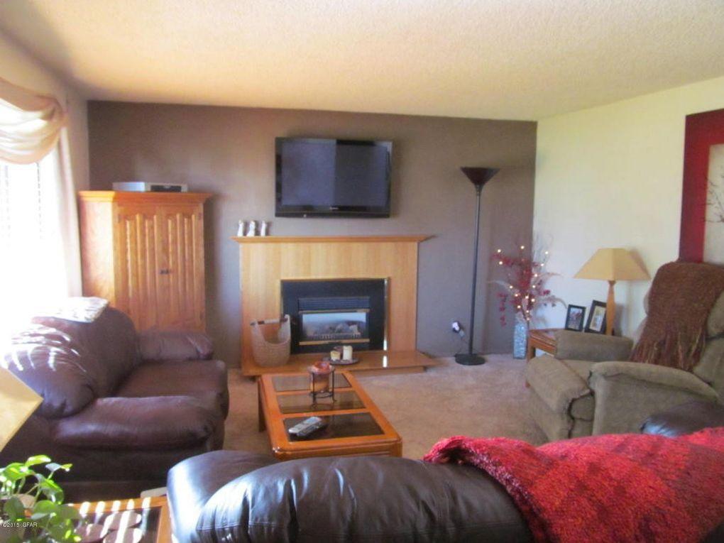 3218 Dove Ct, Great Falls, MT 59404