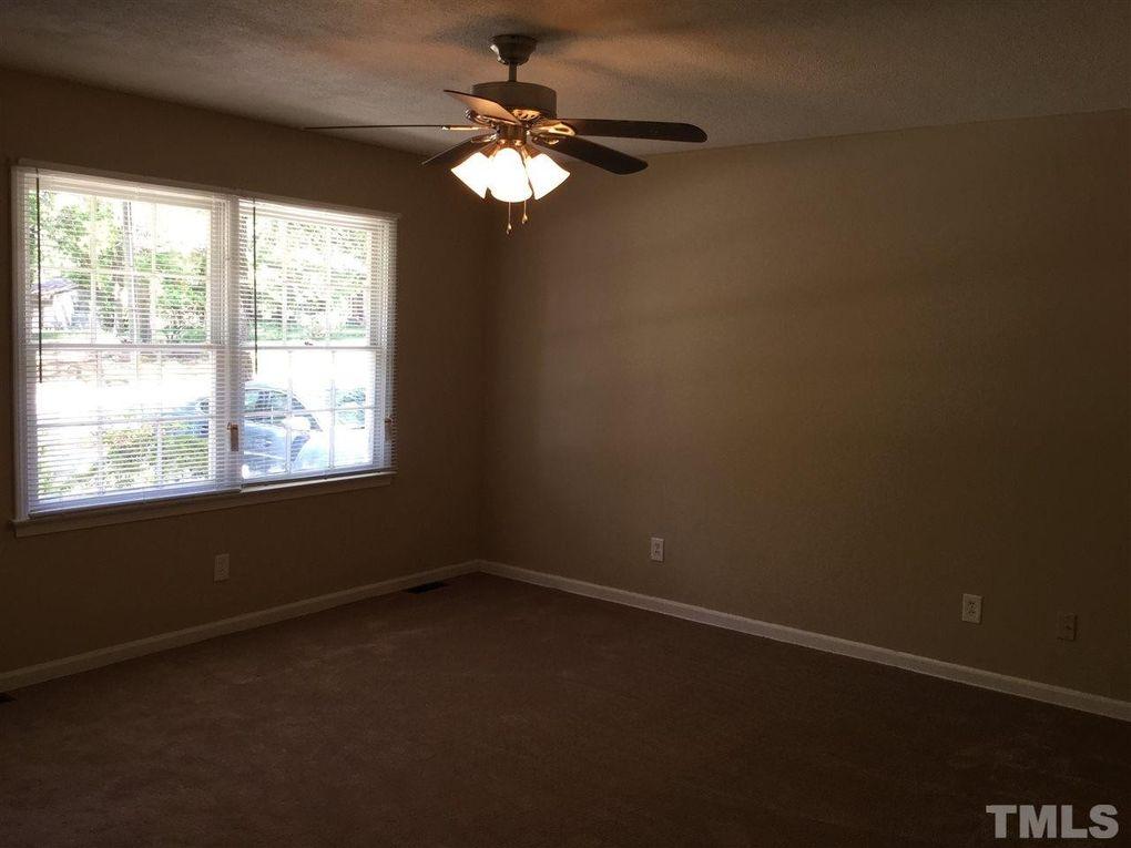 513 Forest Ridge Rd, Garner, NC 27529